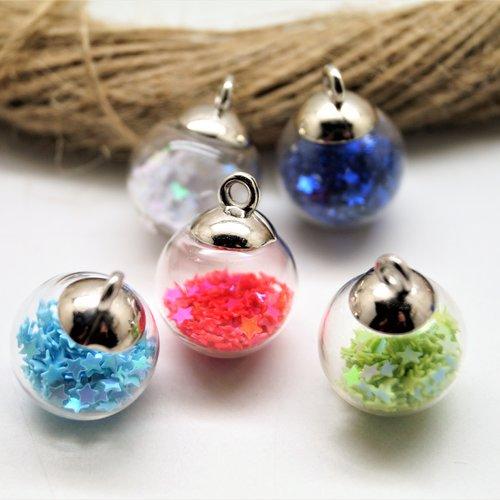 2 pendentifs argentés boules verre à paillettes étoiles 21*16 mm