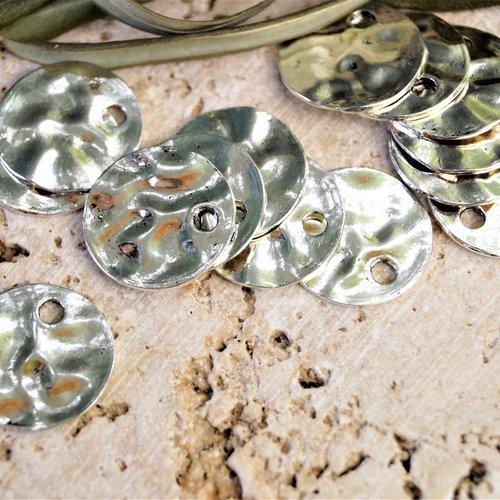 Breloque métal sequin martelé diamètre 20 mm