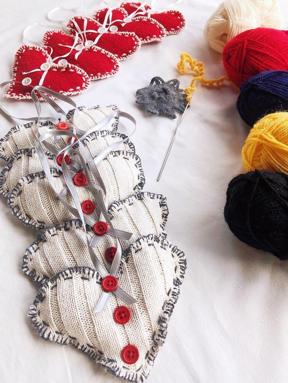 Coeur Brodé Blanc,Sachet de médecine,tricot coeur ornement de Noël,décoration de coeur, fait main ornement de cœur