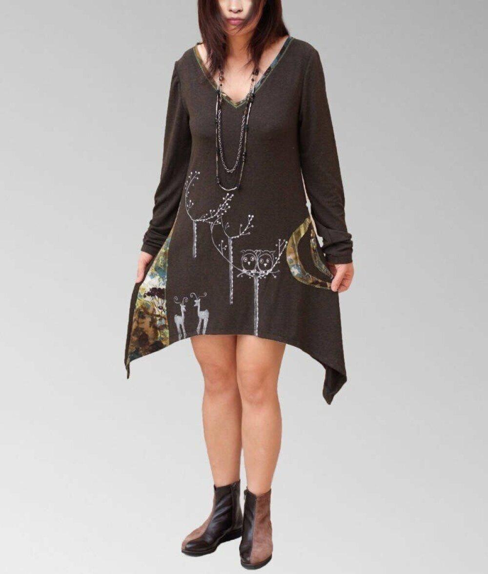 Robe Tunique asymétrique peint à la main/Robe marron forestier/hibou,cerf,biche,lune, fait main avec amour