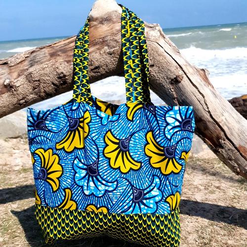 Tote bag - sac de plage - sac fourre tout  en wax - fleur de mariage