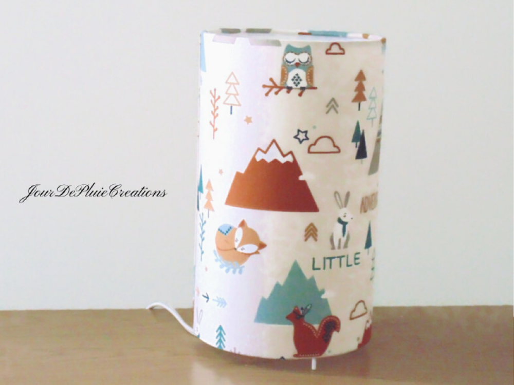 Lampe tube motifs tipi nature aventures montagne lampe chevet d'appoint idée cadeau naissance bébé chambre enfant