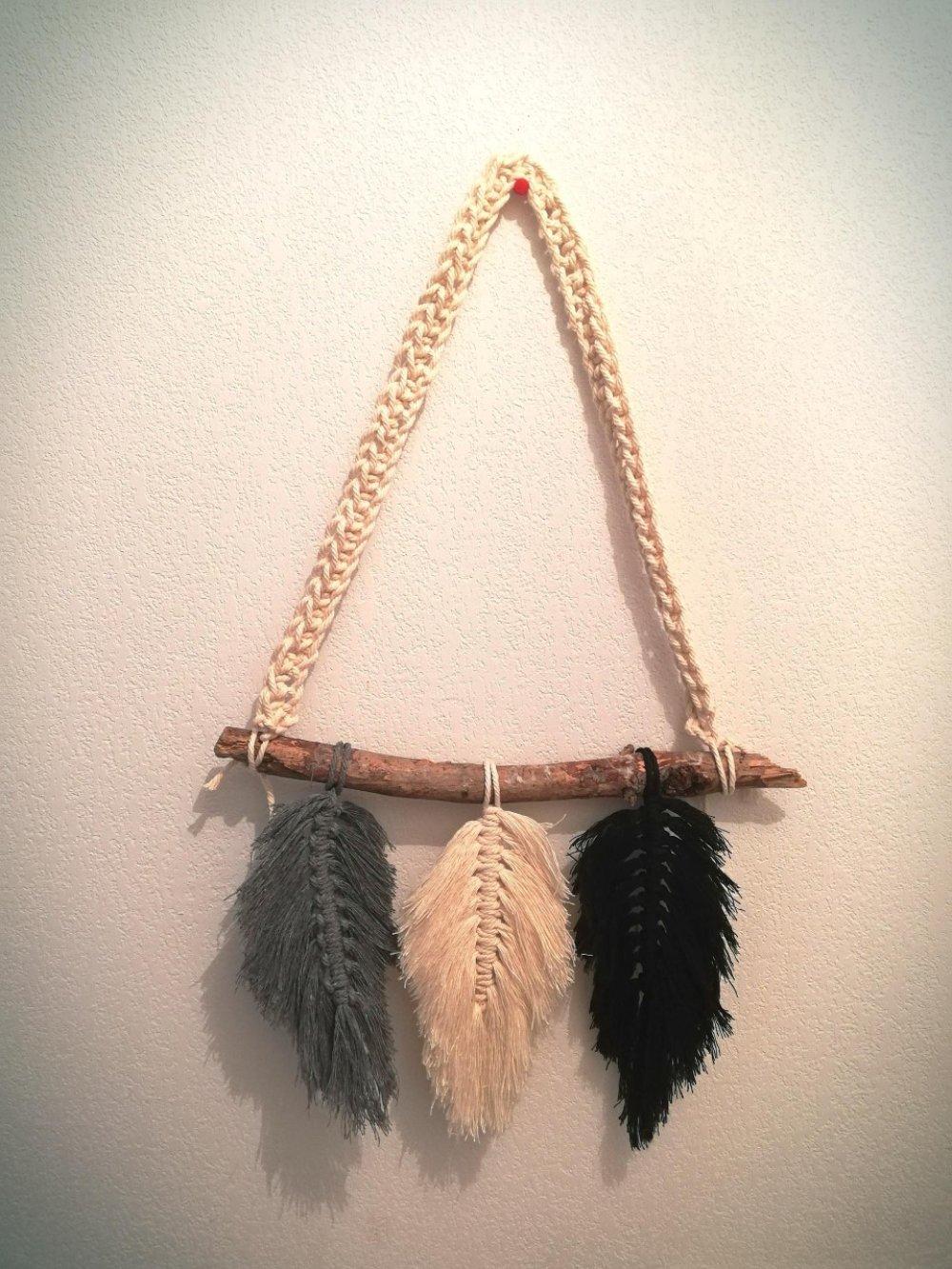 Trio de plumes