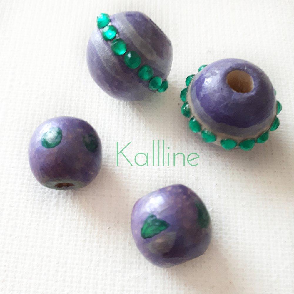 Lot 4 perles artisanales bois Kallline  'Constellation' vert et violet
