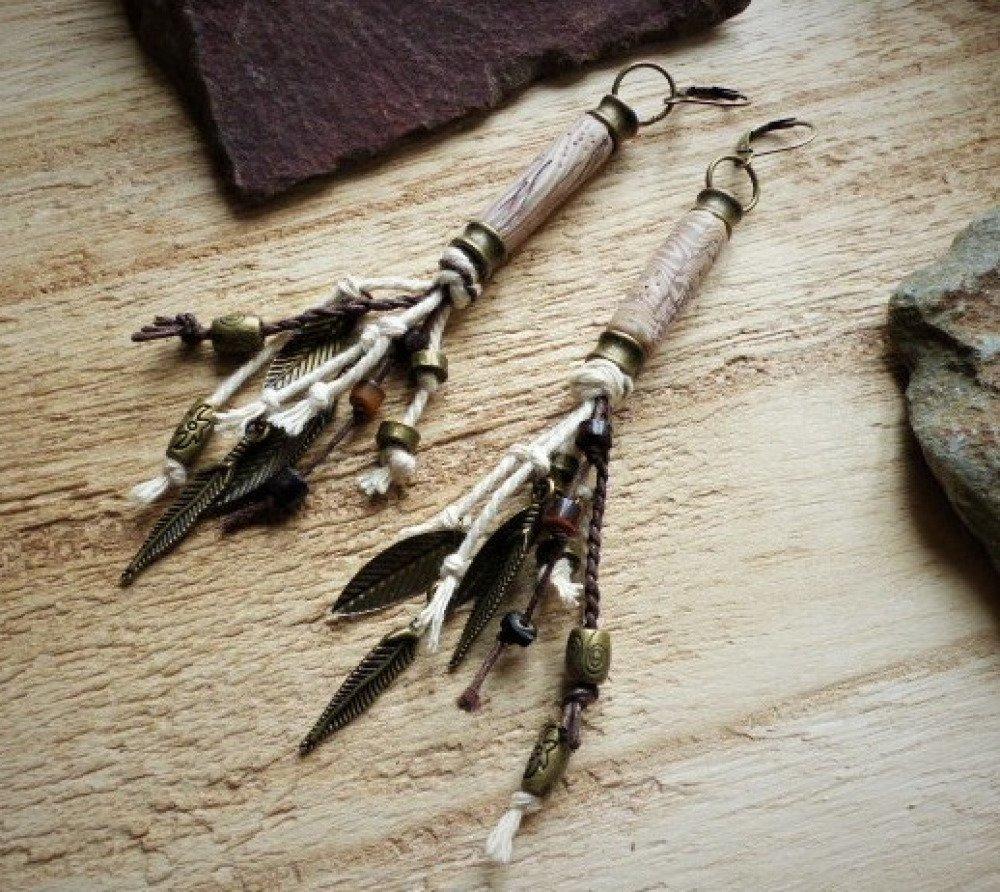 Patine Effet Bois Flotté boucles d'oreilles tribales, native amérindiennes, effet bois flotté beige,  plumes, feuiles