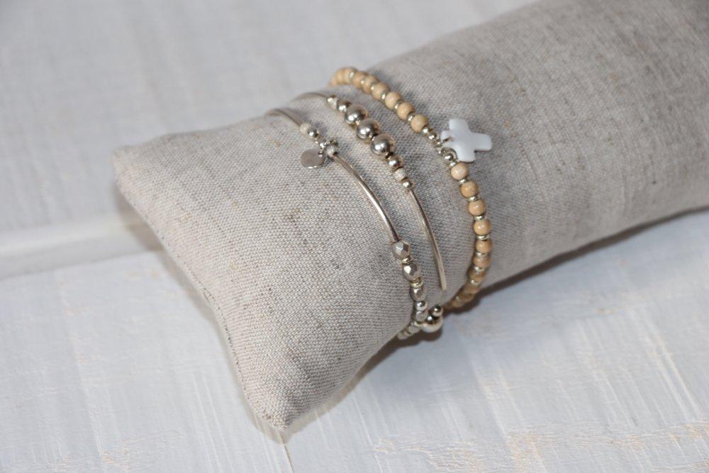 Présentoir à bracelets en lin fin (n°6)