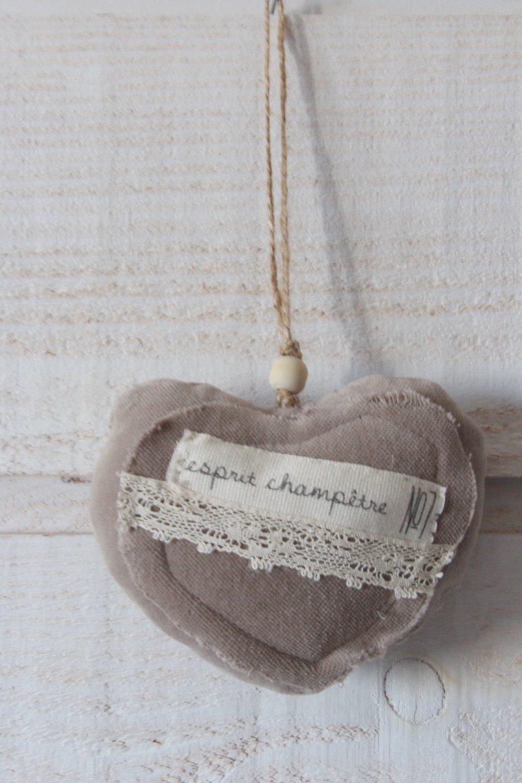 Coeur en velours taupe (Esprit Champêtre) (n°47)