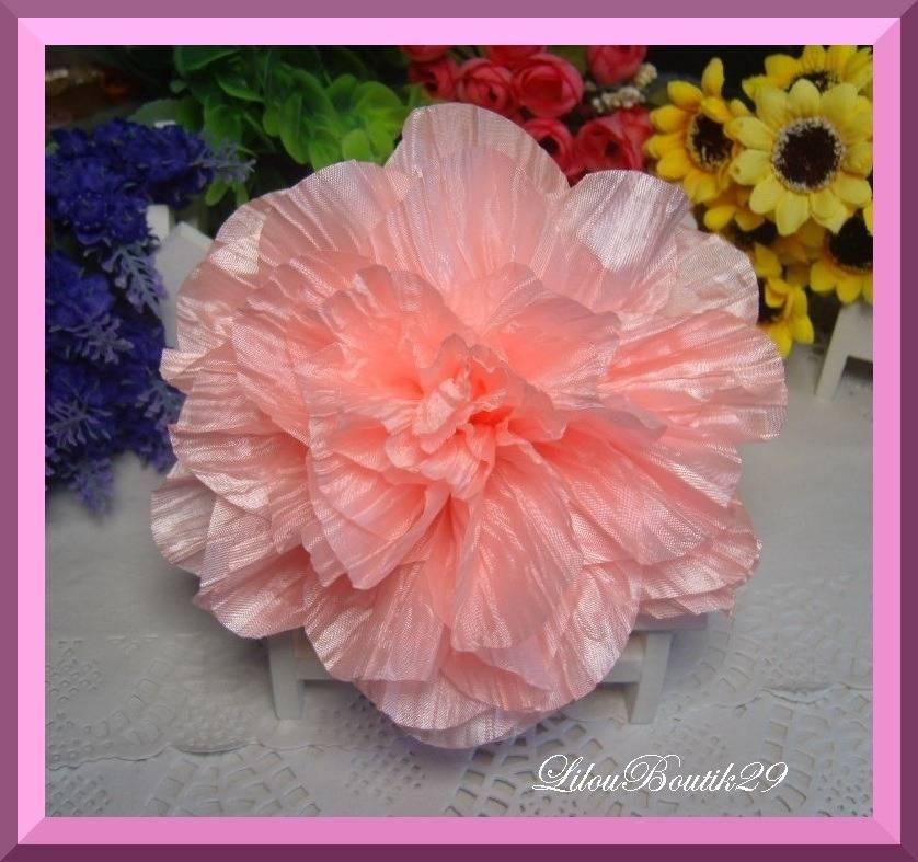 Applique Fleur tissu 3D pêche