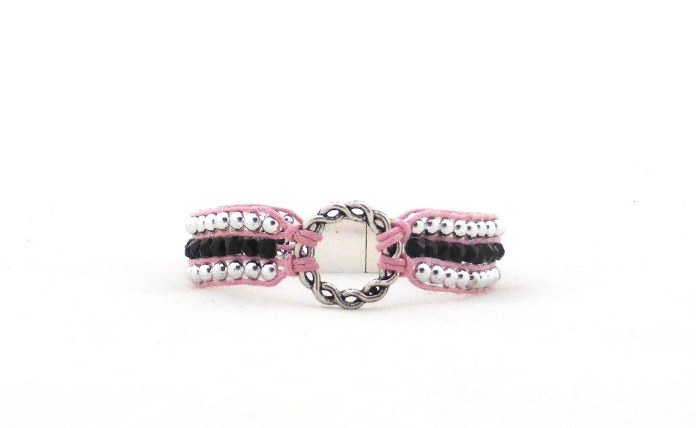 Bracelet manchette wrap connecteur perles argentées et noires