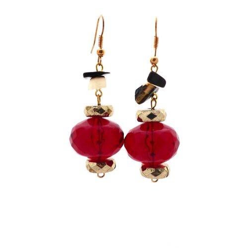 Boucle d'oreille pendantes perles rouge