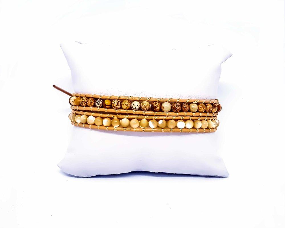 Bracelet Femme wrap en cuir et pierres naturelles.