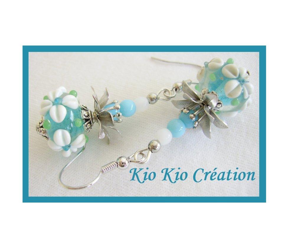Boucles d'oreilles,perle verre lampwork,bleu,blanc,métal argenté