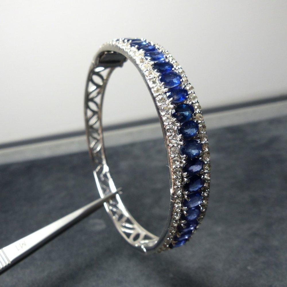 Magnifique Bracelet en Argent 925 avec saphir bleu transparent !
