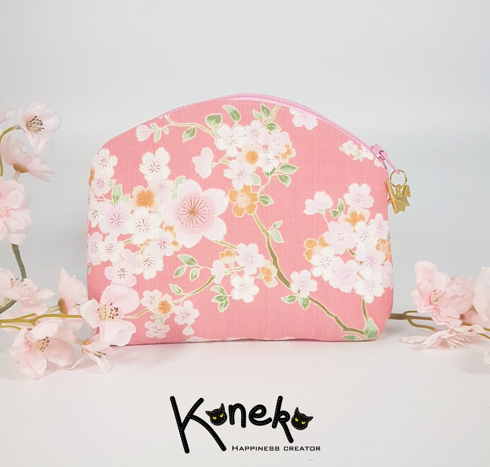Pochette à maquillage rose et motif Sakura avec breloque origami - MOYENNE