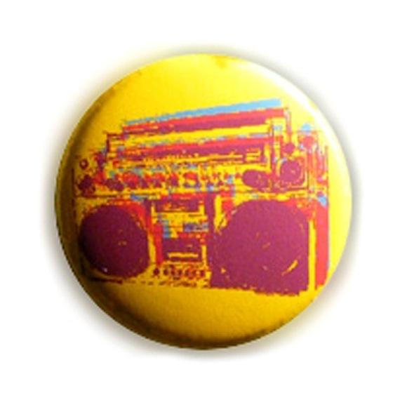 Badge GHETTO BLASTER JAUNE Stylisé Rock Hip Hop Rap Ø25mm