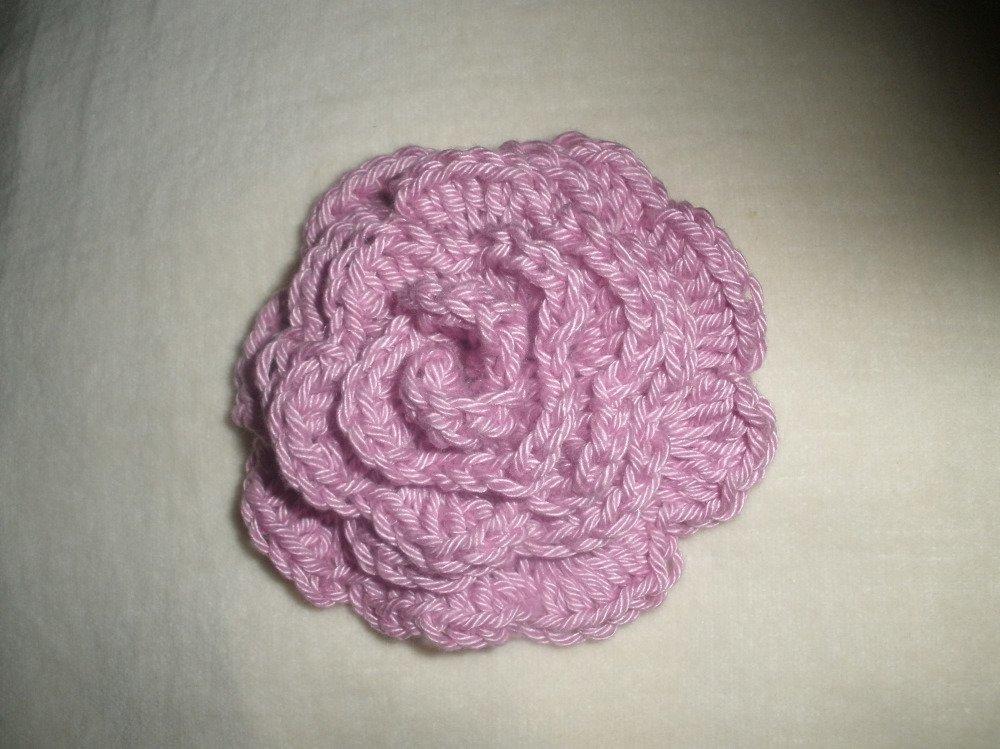 Rose parme au crochet