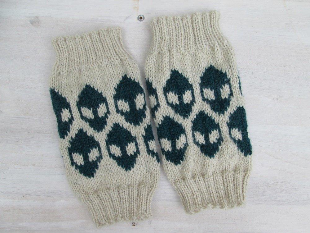 Guêtres alien enfant laine de bébé lama, tricotées main
