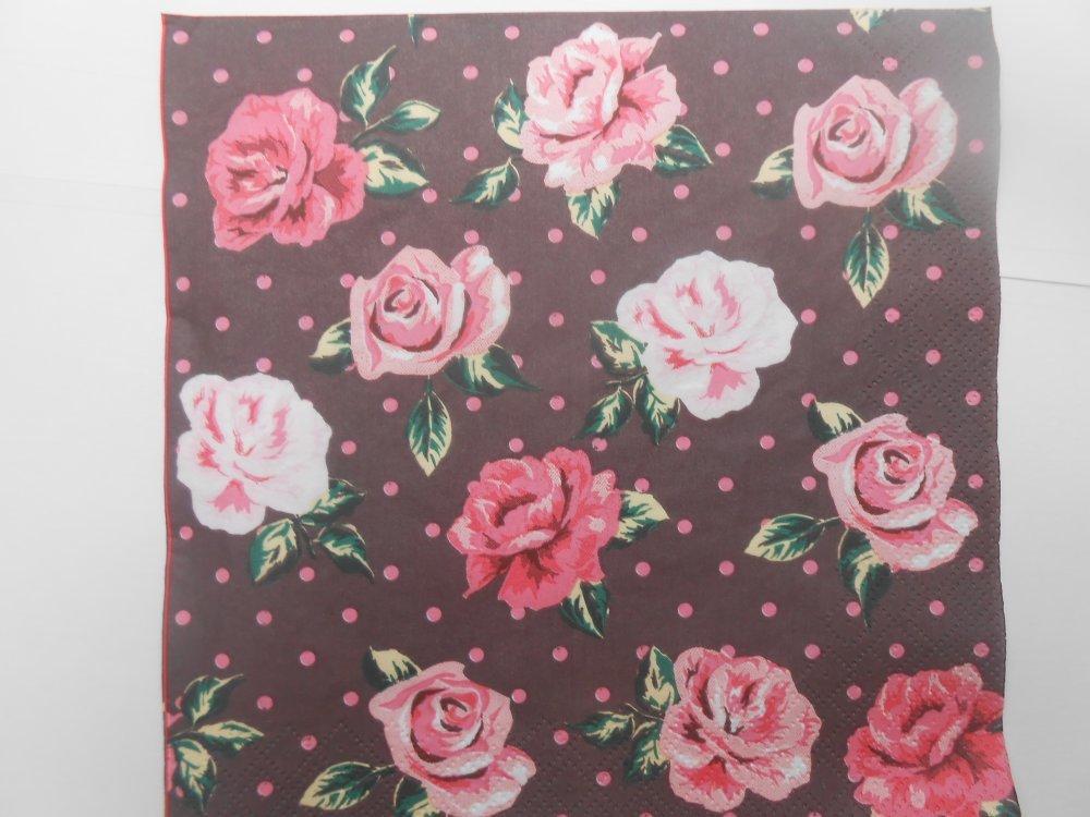 serviette en papier petites roses multicolores