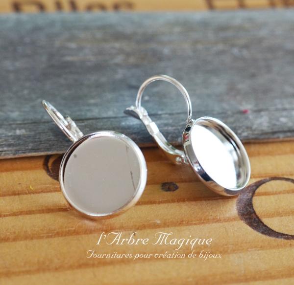 4 supports boucles d'oreille dormeuse à cabochon 14 mm