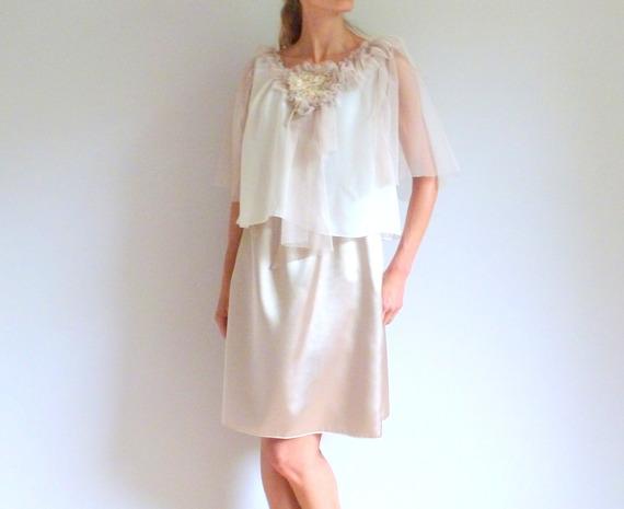 Robe romantique champagne, ivoire et dorée au plastron brodé main BRUME