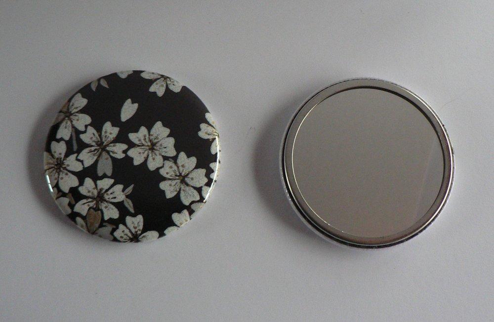 Miroir de poche 56mm Papier Japonais Noir et Blanc.