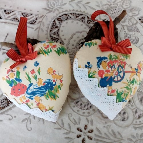 Duo de coeurs, tissu ancien
