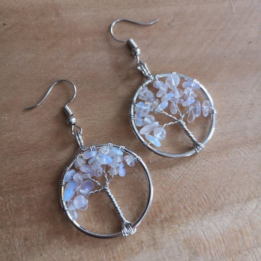 boucles d'oreilles argenté, arbre de vie en pierre de lune