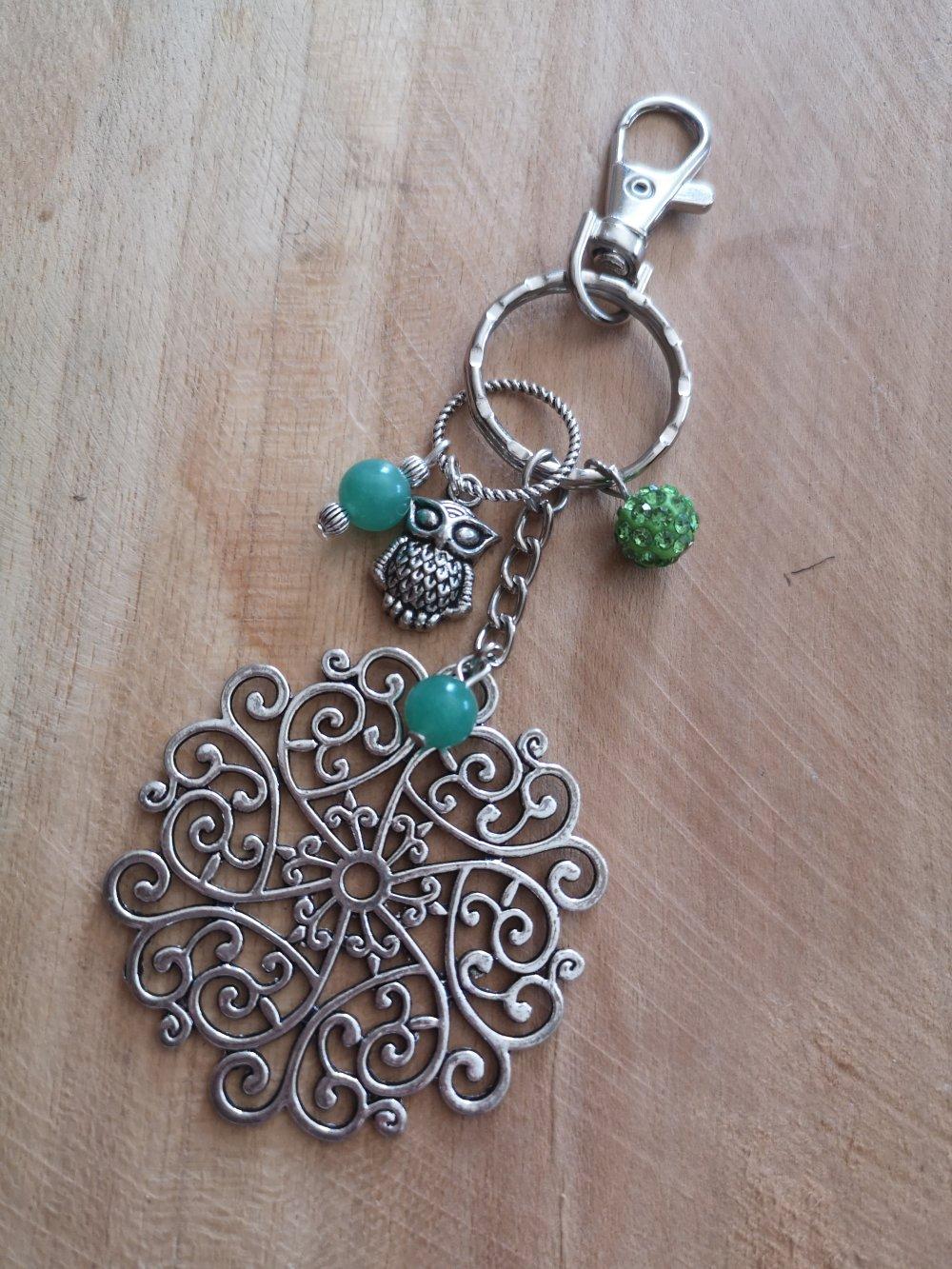 bijoux de sac/ Porte clés thème arabesque argenté et aventurine, pierres naturelles