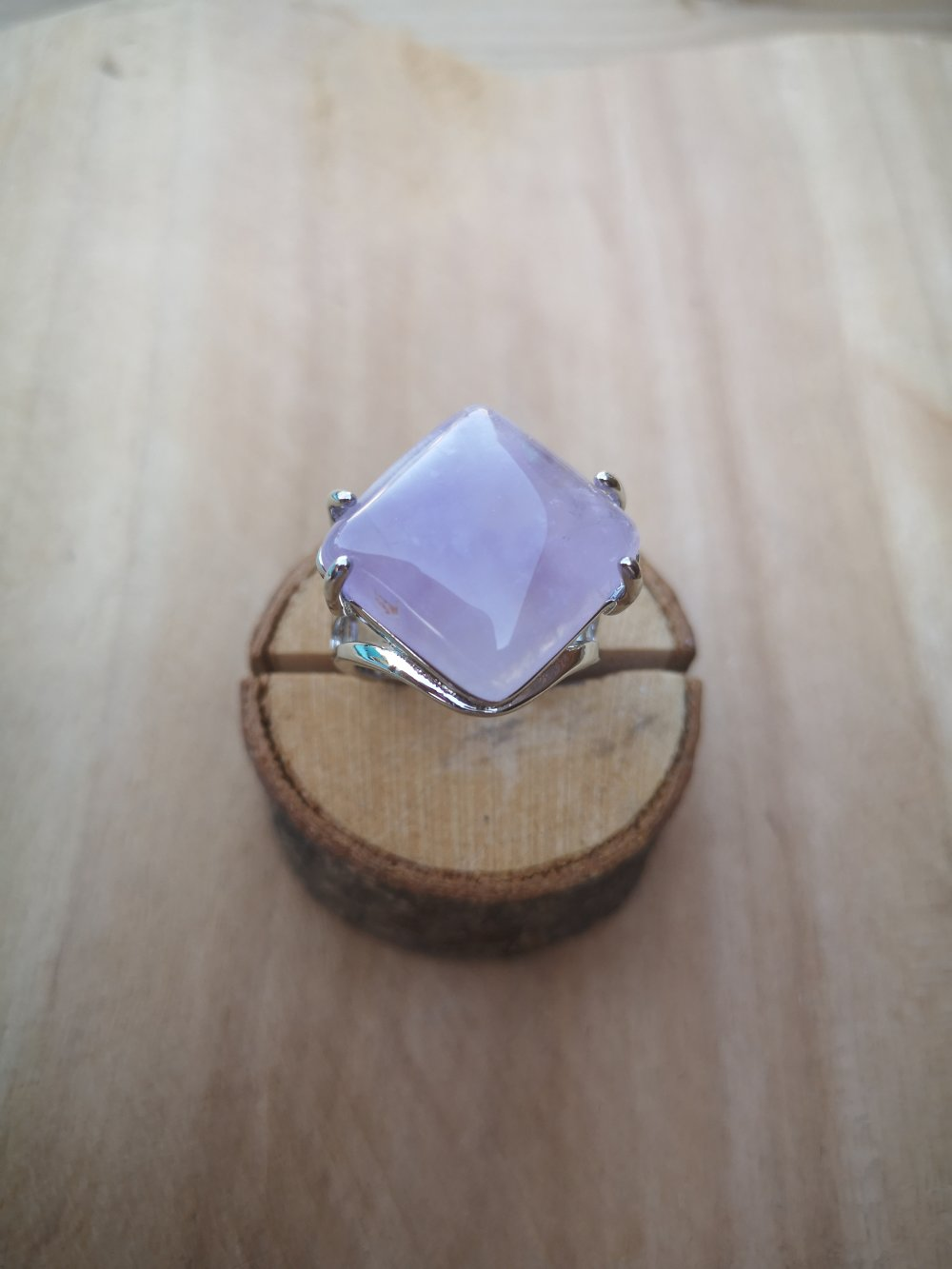 """bague carrée, en pierre naturelle, en """"améthyste"""" sur métal argent"""