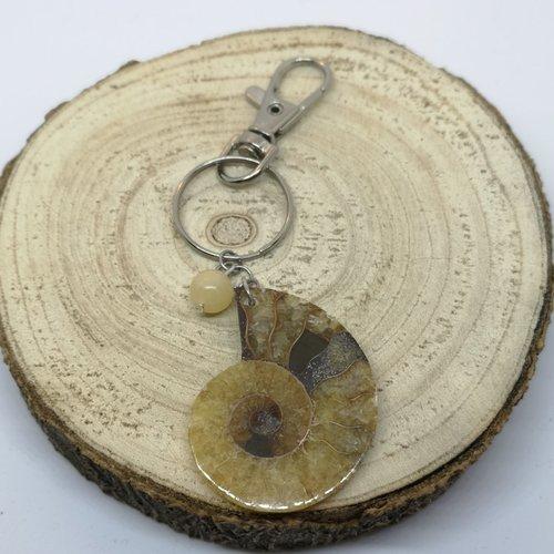 Porte clé/ bijoux de sac escargot fossile agate