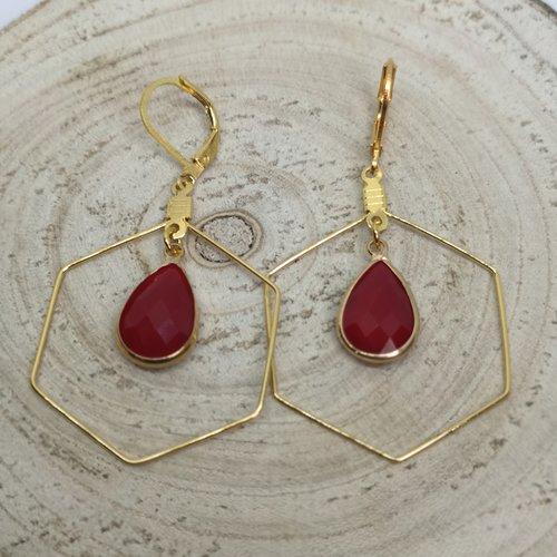 Boucles d'oreille hexagone acier doré et goutte en jade rouge, pierre naturelle