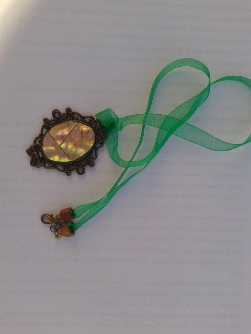Collier ruban avec pendentif support bronze NACRE NORMANDE