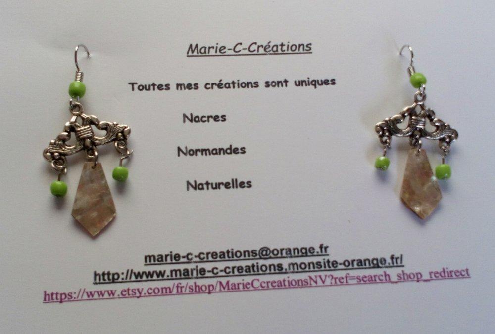 Boucle d'oreille DORMEUSE NACRE NATURELLE française
