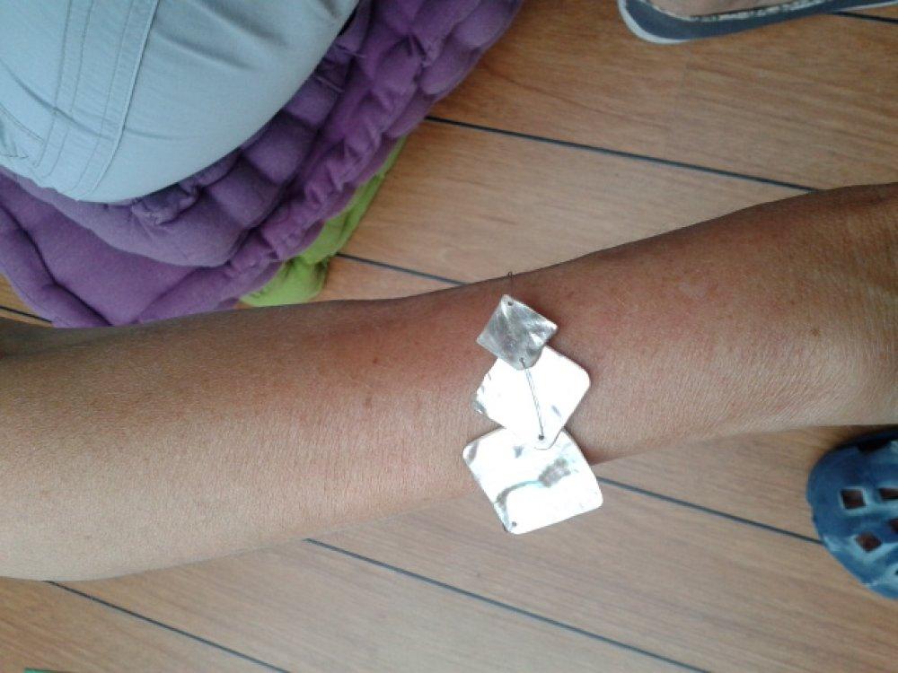 Bracelet acier inoydable nacres superposées