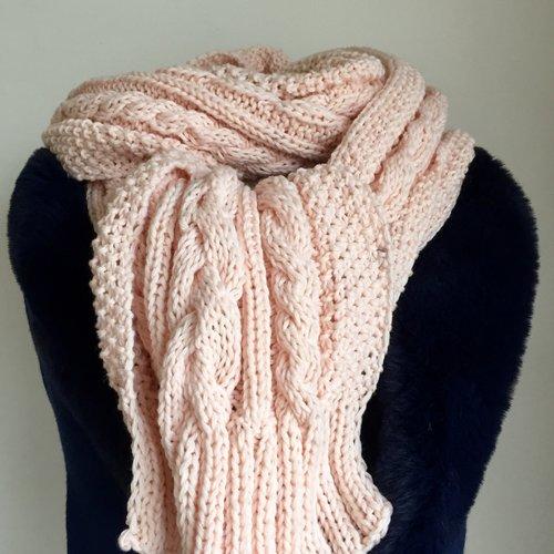 **très longue écharpe laine et cachemire  ** tricot fait main chic