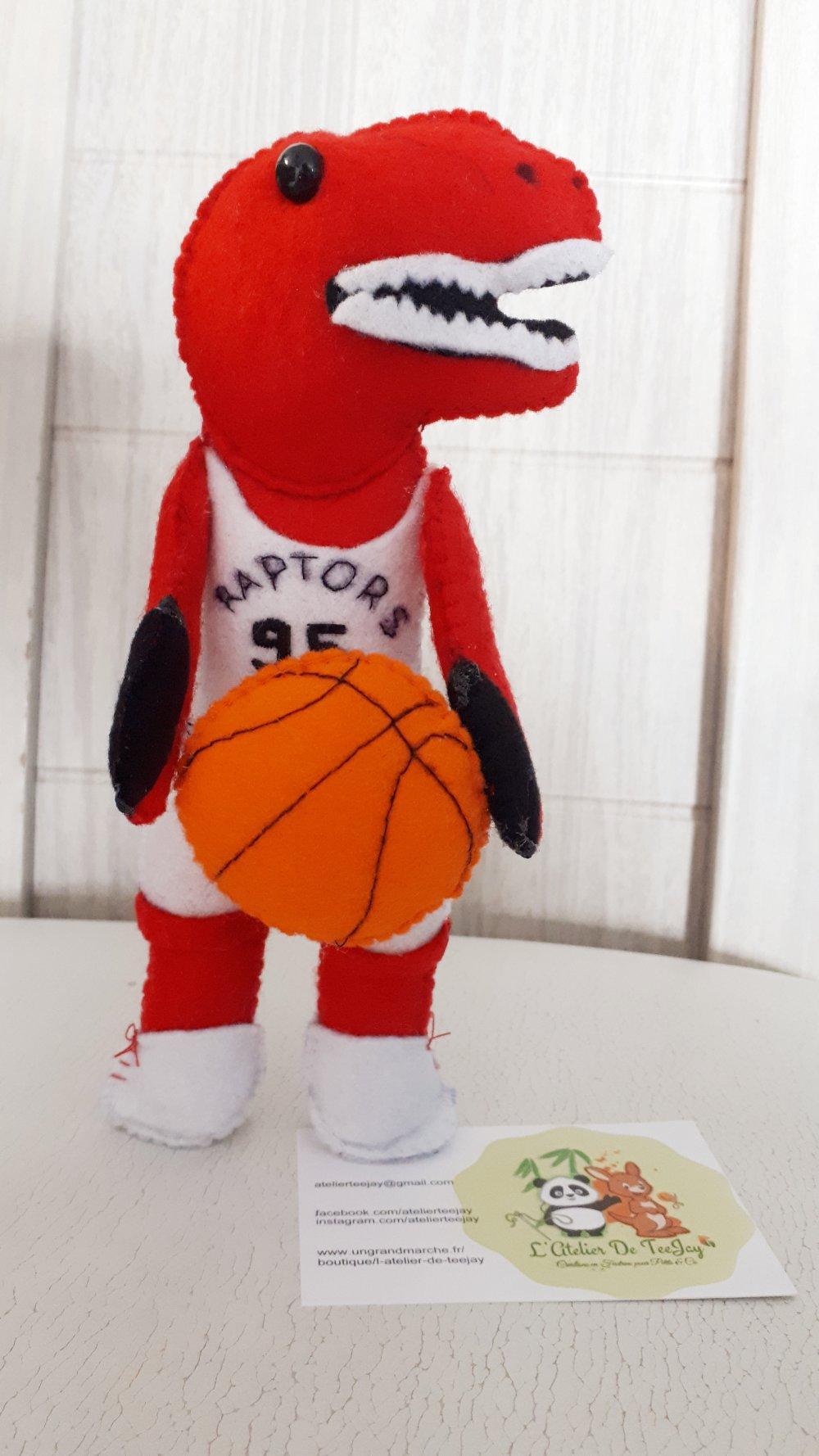 Doudou dinosaure basketteur (vendu)