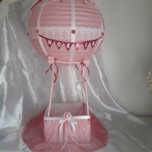 Urne de baptême ou de babyshower sur le thème montgolfière