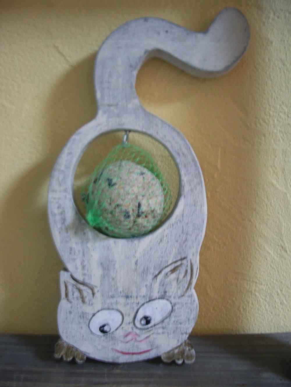 chat porte graine