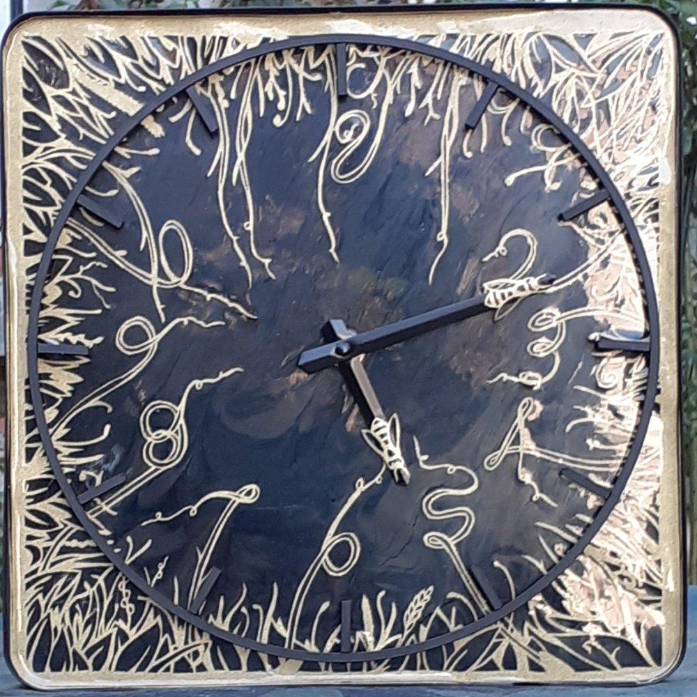 horloge printanière en kirigami