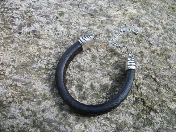 Bracelet en cuir et crin de cheval personnalisable, tressage rond.