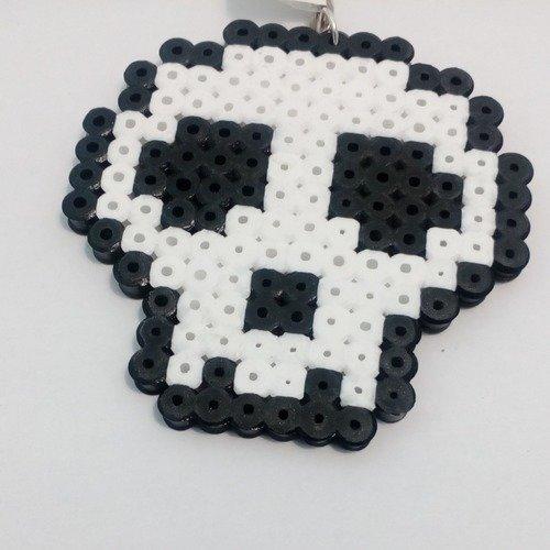 Porte Clés Pixel Art En Perle Hama Tête De Mort