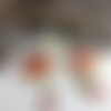 Créoles avec breloques cuivre émaillé et minuscules perles lampwork, cœur, créoles blanches et multicolores, boho chic,rustique