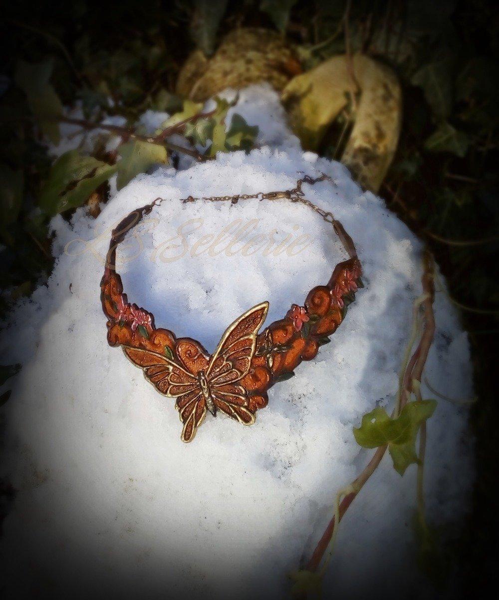 Collier cuir  ras du cou- Vol des papillons