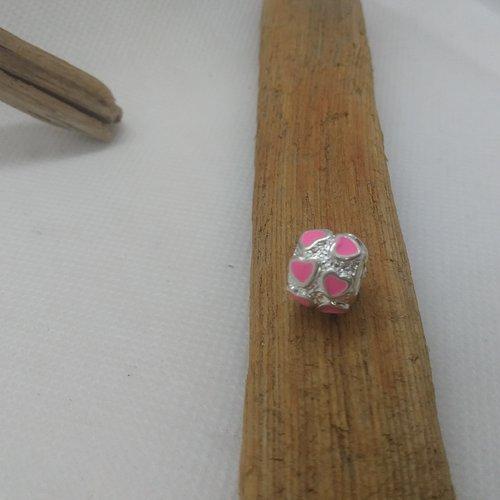 Perle européenne ronde avec coeur