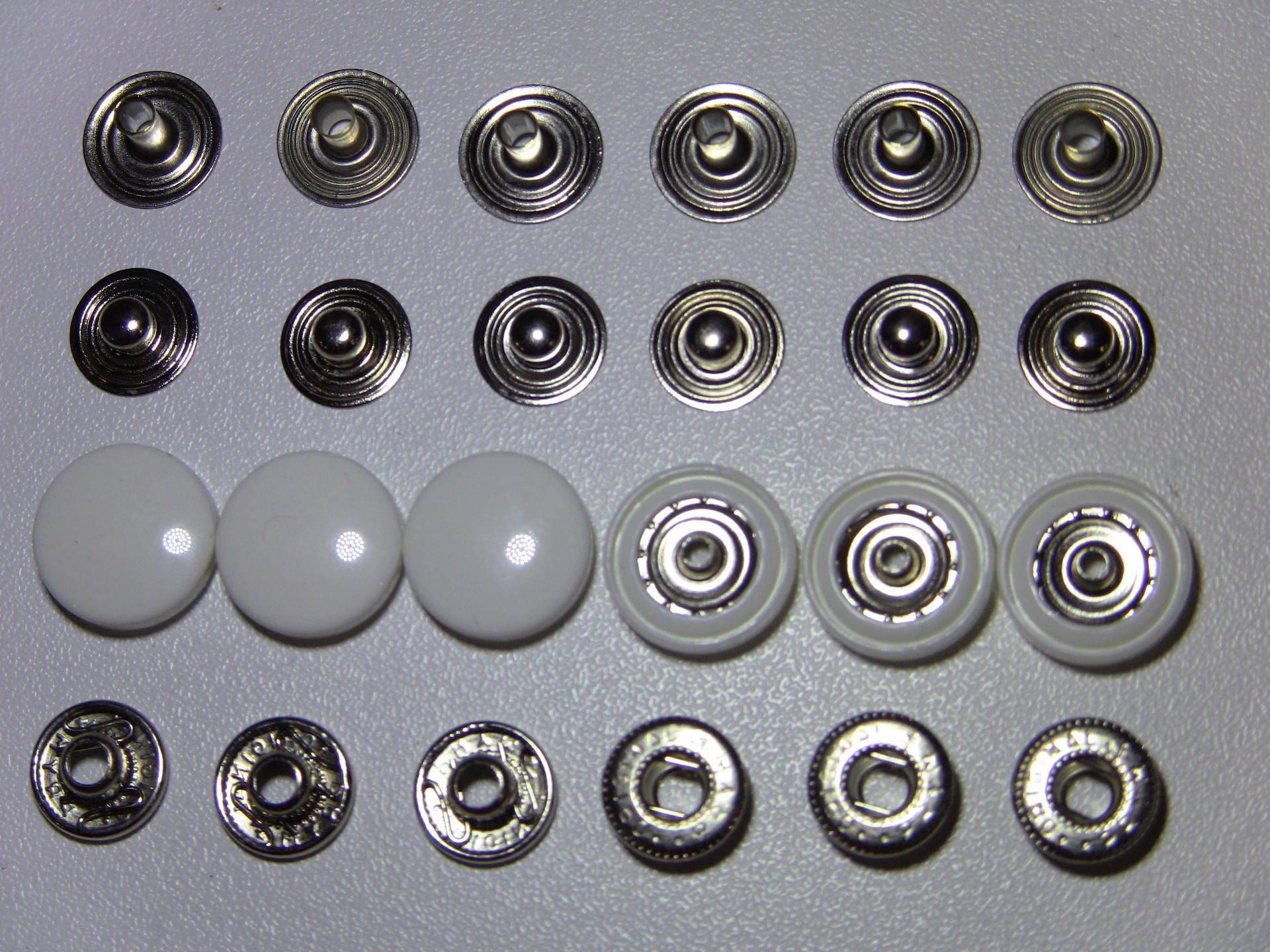 Pour tissus lourds et épais Bouton pression Noir 15 mm 12 pcs