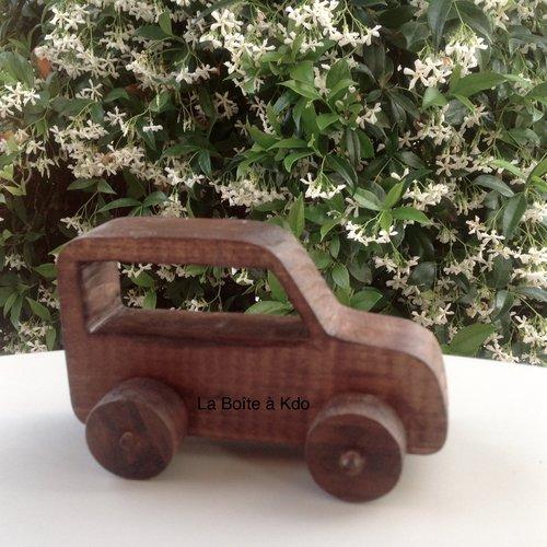 Jouet en bois - voiture jeep - création artisanale
