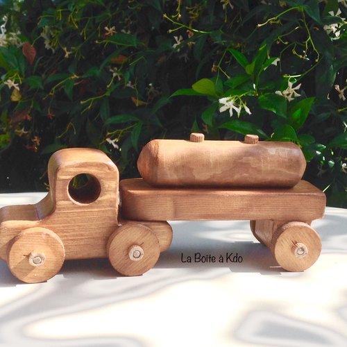 Jouet en bois - camion citerne - création artisanale