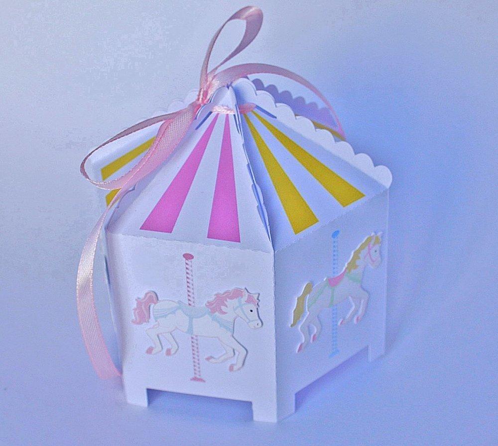 Grande boîte à dragées en forme de manège couleurs personnalisées - thème fête foraine