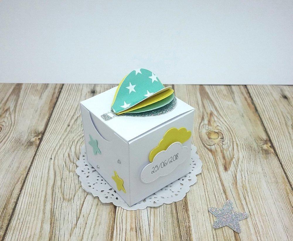 Boîte à dragées montgolfière cube pailetée, nuage et étoiles couleur personnalisées