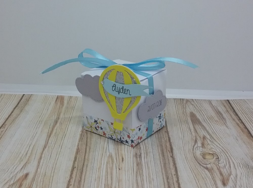 Boîte à dragées montgolfière motif liberty adeladja pailleté pour baptême, baby shower, anniversaire, mariage